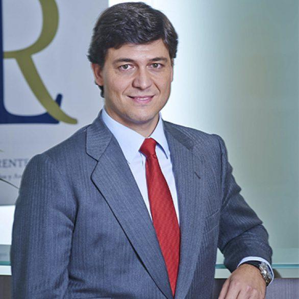 César Llorente Fernández